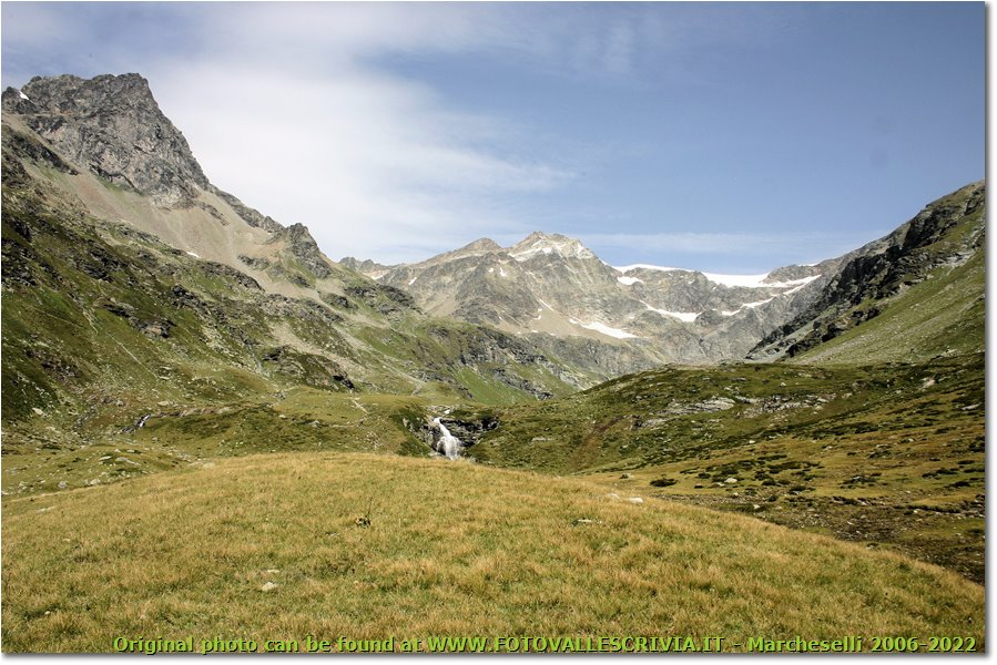 Fotografie Altro - Panorami - Valgrisenche: verso il lago San Grato tra la Gran Becca du Mont e i contrafforti della Testa del Monte Rutor