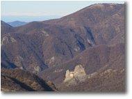 Foto Crocefieschi&Vobbia - Paesi - Castello della Pietra e Alpi dal Monte Castello