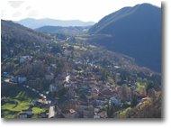 Foto Crocefieschi&Vobbia - Paesi - Il paese di Crocefischi, salendo al M. Castello
