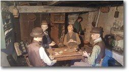Fotografie Montoggio - Paesi - Presepe di Pentema: partita a carte all'osteria