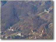 Fotografie Savignone - Paesi - Il castello di Savignone da Monte Maggio