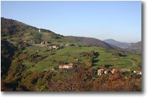 Foto Savignone - Panorami - October lights in Gualdr�