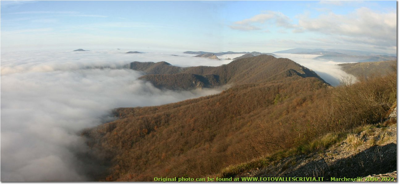 Foto Savignone - Panorami - Panorama with fog from M. Maggio