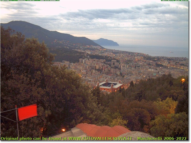 Webcam Genova - Panorama dal righi su molassana e lo stadio Ferraris
